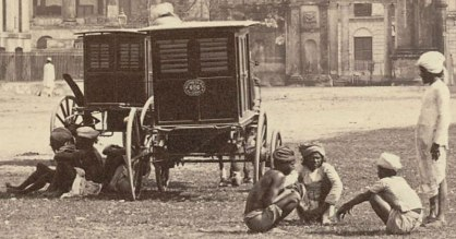 d5dcf-horse-car-in-front-of-government-house-calcutta-18602527s