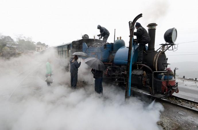 Darjeeling's Toy Train by Carsten Bockermann